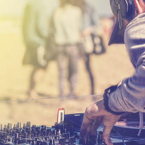 DJ-School